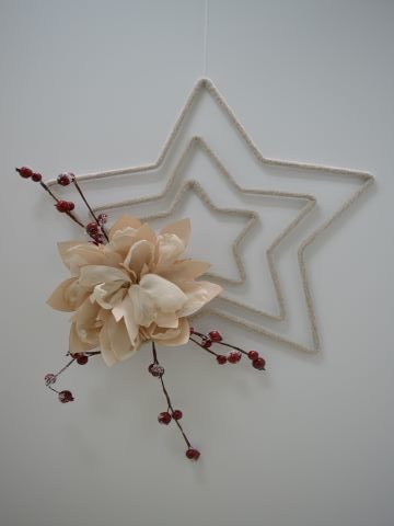 white star with pink peony